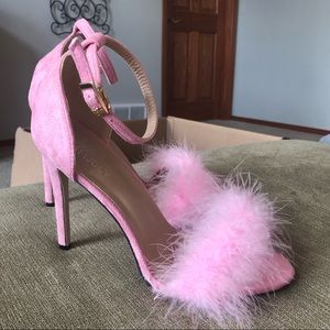 Shoes - Pink Fluffy Heels size 41 / 9